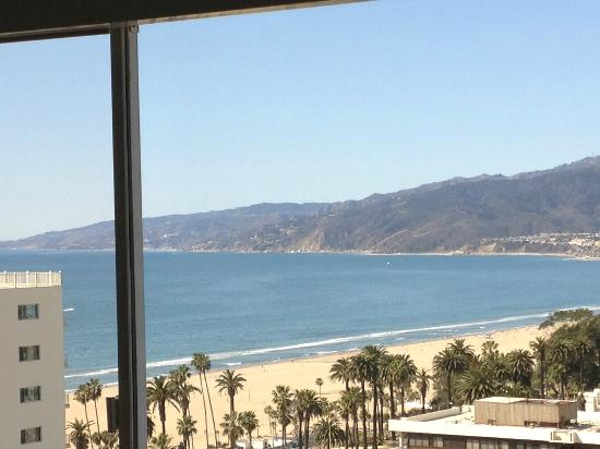 Huntley Santa Monica Beach View From Top Level