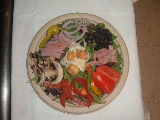 Mike's New York Pizzeria : Antipasto Salad