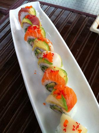 O Sushi Place : Rainbow Roll