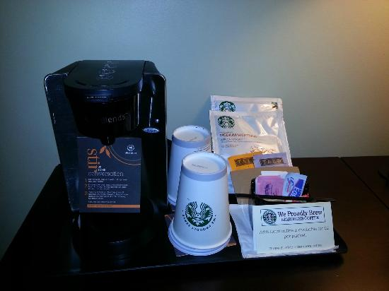 Sheraton Houston Brookhollow Hotel: Starbucks Coffee in-room