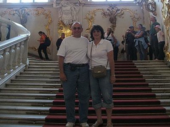 Dancing Bear Tours - Day Tours : St Petersburg Tours - Hermitage main staircase