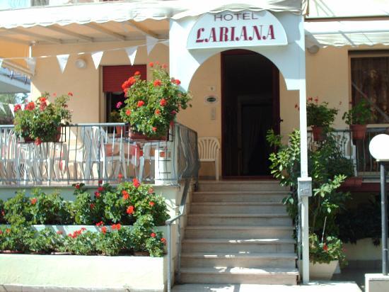 Hotel Lariana
