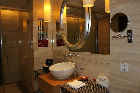 Goodview Hotel Tangxia: Bathroom