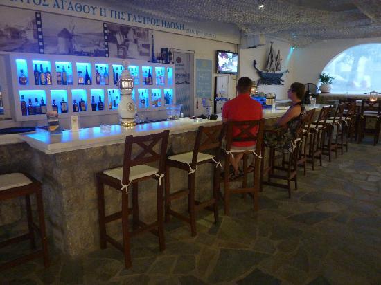 Bellissimo Resort: gezellige bar