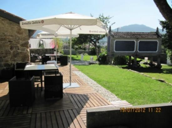 "Vinotel 7 Uvas: Terraza y ""chill out"""
