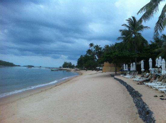Nora Beach Resort and Spa: Wunderbarer Strand ( ganz wenig Händler )