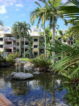 Coral Sands Beachfront Resort: Garden rock pool