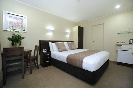Tudor Court Motor Lodge: Executive Studio