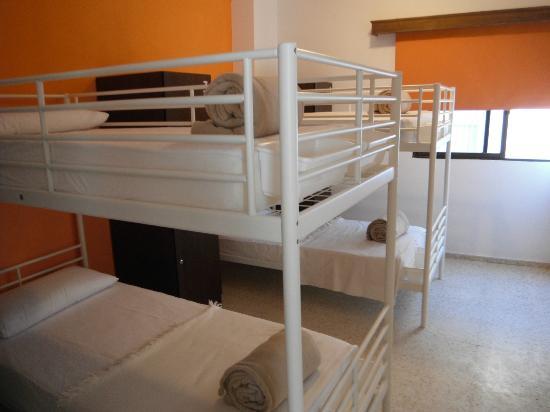 Casa Grande Surf Hostel: Room
