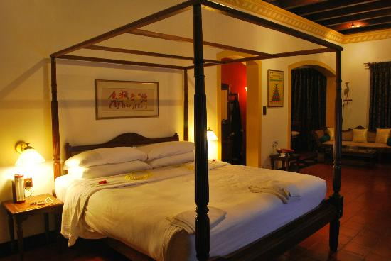 Vivanta by Taj - Kumarakom: Bed