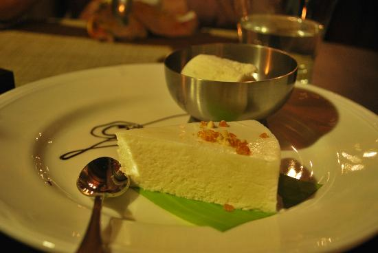 Vivanta by Taj - Kumarakom: Coconut Scouffle