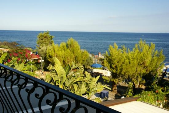 Hotel Kalos: View from the terrace - sea