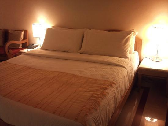 Casa De Goa Boutique Resort: Bed