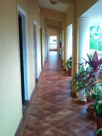 Casa De Goa Boutique Resort: corridor