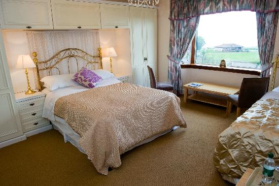 Wetherby House Bed & Breakfast: Stunning large seaview rooms