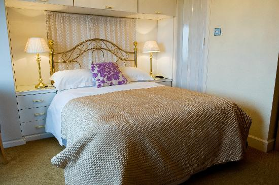 Wetherby House Bed & Breakfast: Stunning large seaview rooms 2