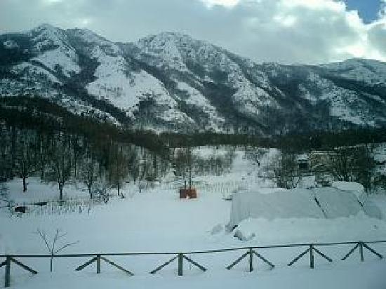 Agriturismo Acquafredda : Panorama con la neve