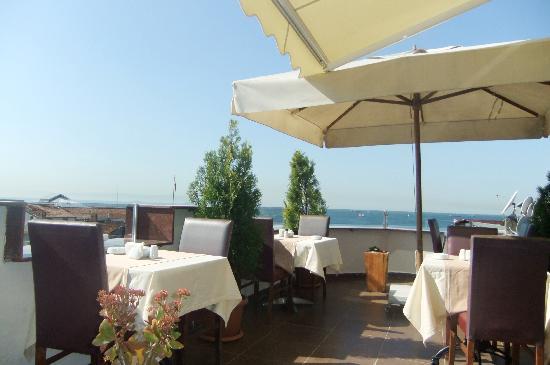 Ferman Sultan Hotel : Top roof terrace