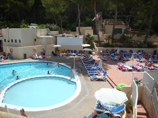 Globales Montemar Apartments Pool And Sunbed Area