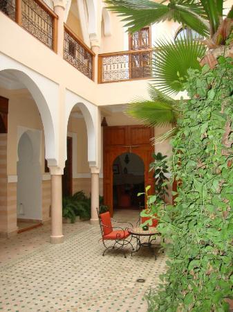 Riad RabahSadia: Courtyard
