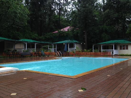 Cottages Facing Pool Picture Of Prospect Hotel Panchgani Tripadvisor