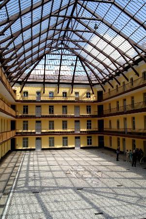 Guise, Frankreich: Cour intérieure du Pavillon Central