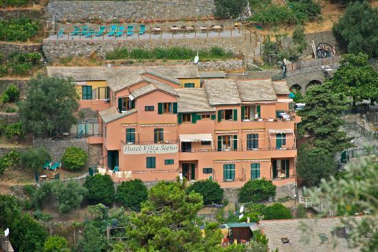 Hotel Villa Steno: View as we leave Monterosso.