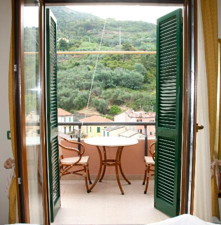 Hotel Villa Steno: The doors in our room out to our terrace.