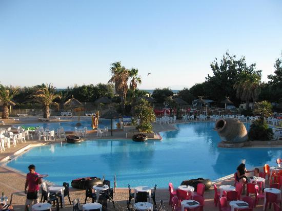 La piscine picture of camping yelloh village club for La piscine review