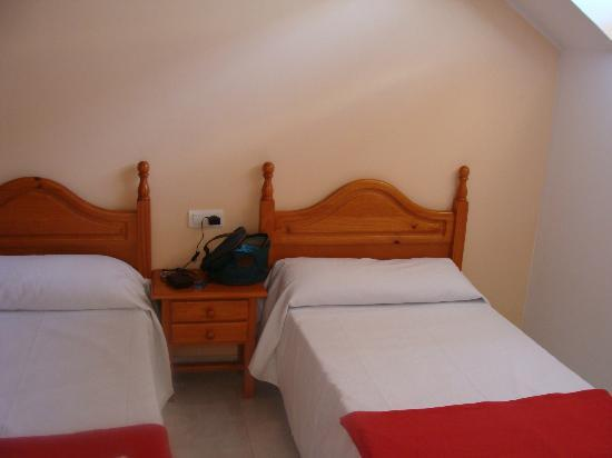 Apartamentos Playa Mar: Habitación camas gemelas