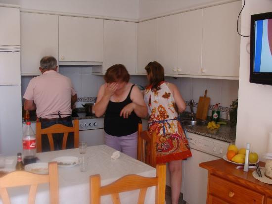 Apartamentos Playa Mar: Cocina