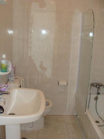 Apartamentos Playa Mar: Baño