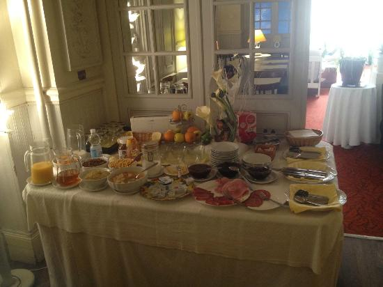Hotel de Lorraine: Breakfast