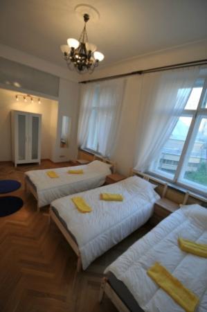 Stolica Hostel: three-bed room