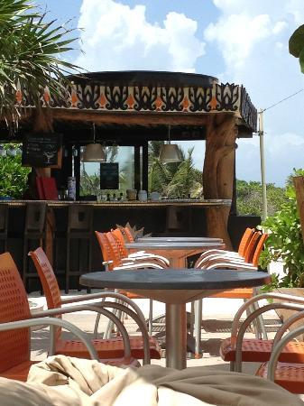 Mezzanine Colibri Boutique Hotel: bar