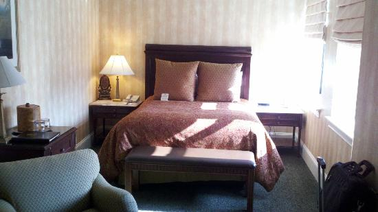 The Genesee Grande Hotel : Room picture