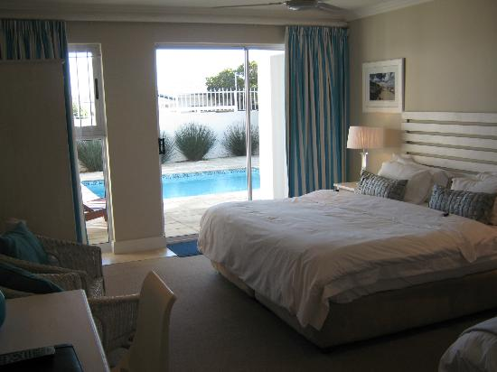 61 On Camps Bay: Pool Facing Room 6