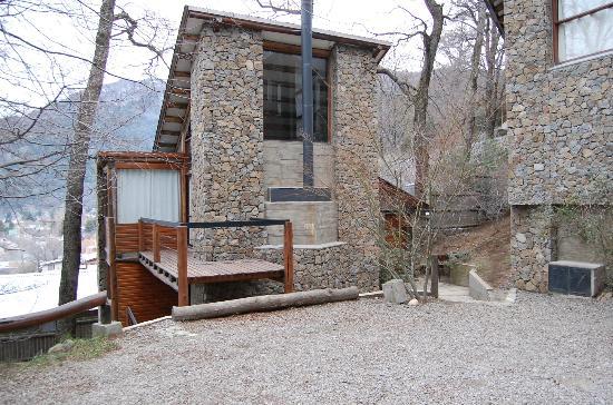 Altos del Alma: Vista de una cabaña