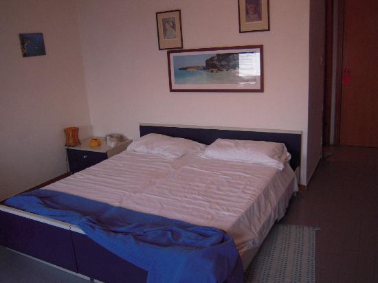 Hotel La Favorita: La camera