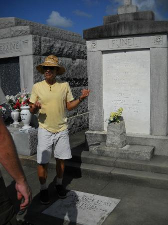 Big Easy Bike Tours : Bob telling us all about the cemetery and burial procedures. VERY interesting.