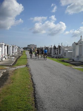Big Easy Bike Tours : Riding in cemetery.