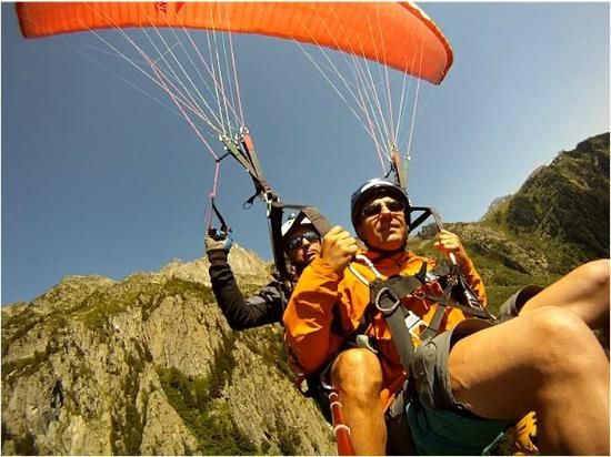 Chamonix Sport Aventure : Discovery Tandem Paraglide Flight