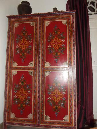 Riad La Terrasse des Oliviers: Closet