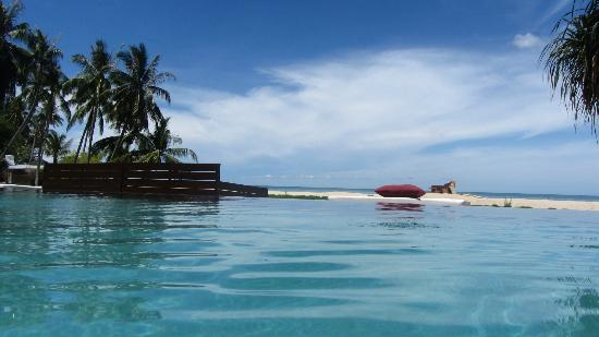Zara Beach Resort: Pool