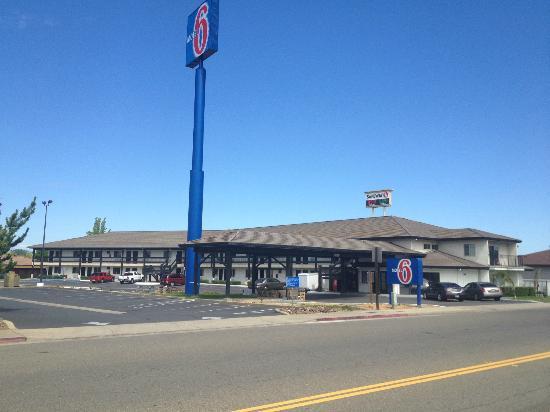 Motel 6 Anderson- Redding Airport: Exterior