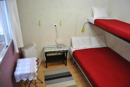 Double Room With 1 Extra Bed Private Bathroom Air Conditioner