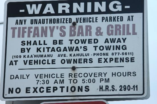 Tiffany's Bar & Grill: sign in parking