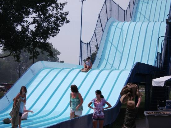 The giant slide picture of bay beach amusement park green bay tripadvisor - The giant slide apartament ...