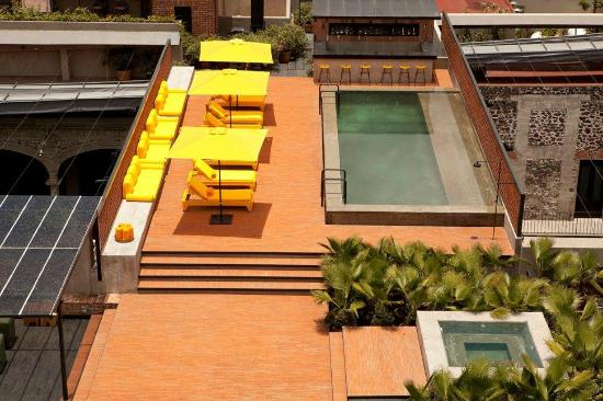 Hotel Downtown Mexico: Pool Upper View