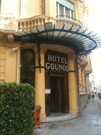 Hotel Gounod Nice: entrance
